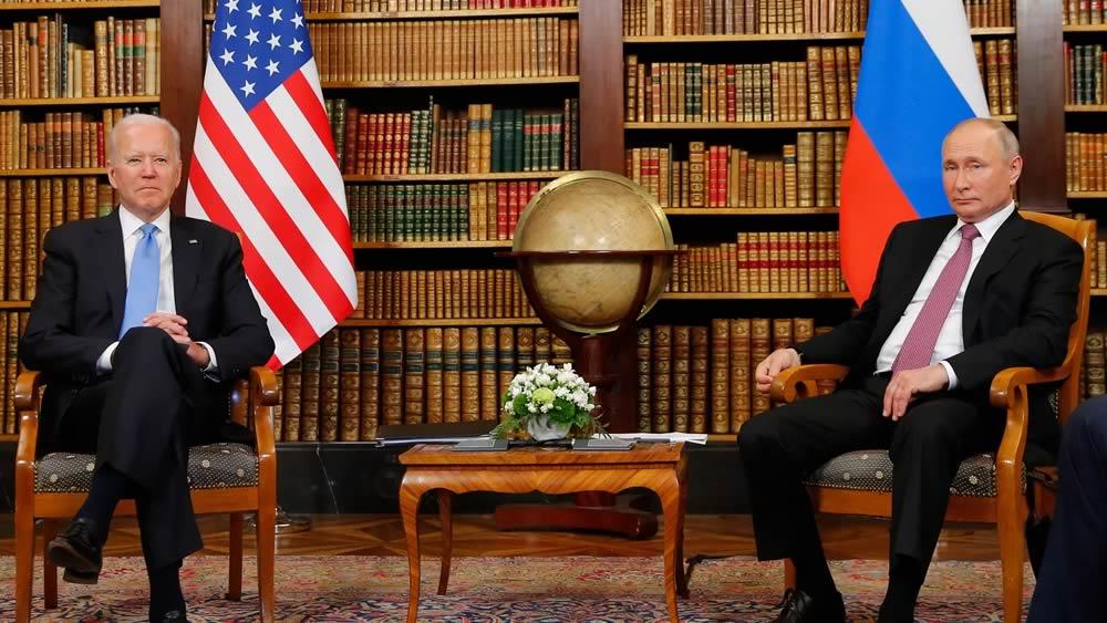 Biden e Putin iniziano i colloqui di Ginevra